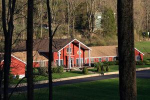 about Alina Lodge